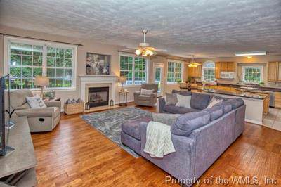 123 Sir John Randolph Terrace, Williamsburg, VA 23188 (MLS #1902244) :: Howard Hanna