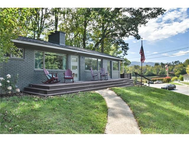 235 Laurel Circle #17, Black Mountain, NC 28711 (#3288356) :: Rowena Patton's All-Star Powerhouse @ Keller Williams Professionals