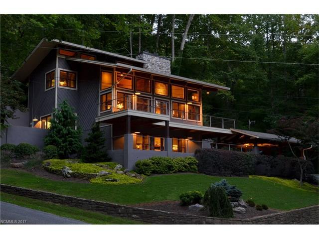 1585 Eagles Nest Road, Waynesville, NC 28786 (#3295074) :: Exit Mountain Realty