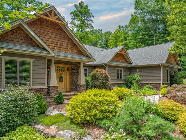 176 Chattooga Run, Hendersonville, NC 28739 (#3297540) :: Caulder Realty and Land Co.