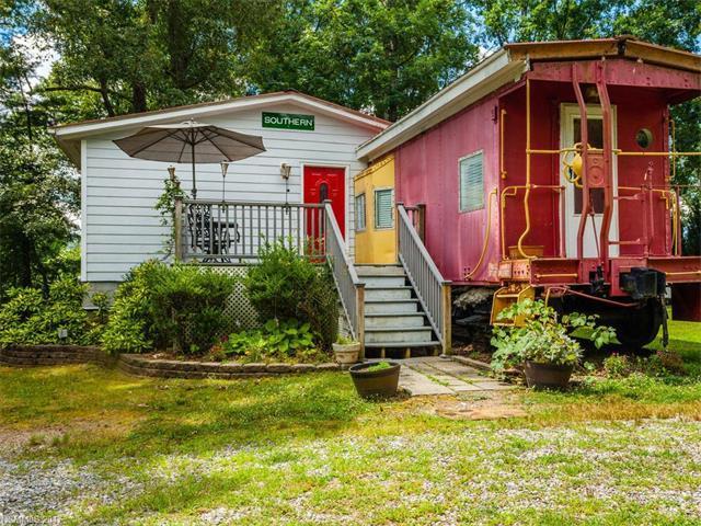 2B Justice Ridge Road, Candler, NC 28715 (#3300183) :: Keller Williams Biltmore Village