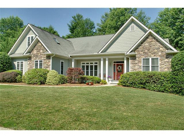 48 Pro Court Drive, Hendersonville, NC 28739 (#3300478) :: Caulder Realty and Land Co.