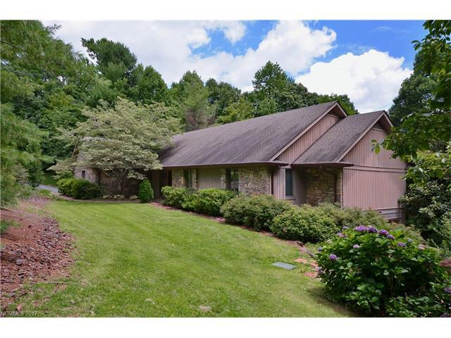 100 Greenleaf Drive, Flat Rock, NC 28731 (#3300635) :: Caulder Realty and Land Co.