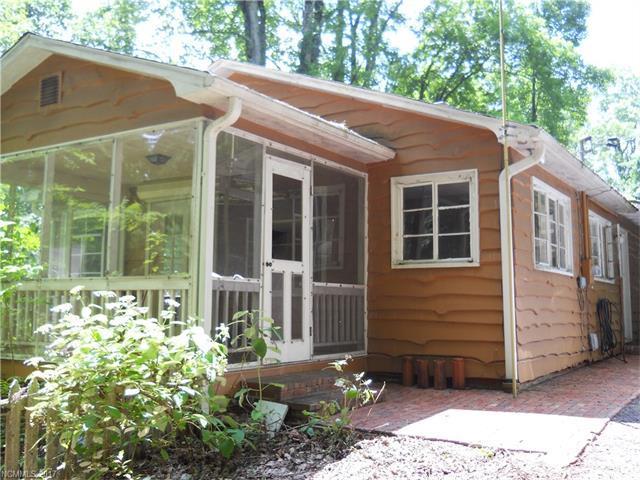 2495 Laurel Park Highway, Laurel Park, NC 28739 (#3301444) :: Exit Mountain Realty