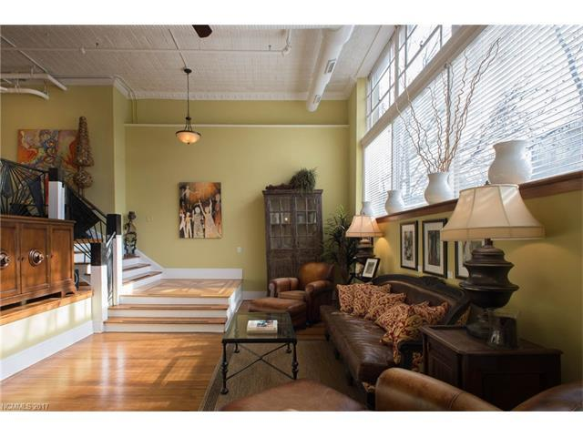 35 Patton Avenue #201, Asheville, NC 28801 (#3301811) :: Keller Williams Biltmore Village
