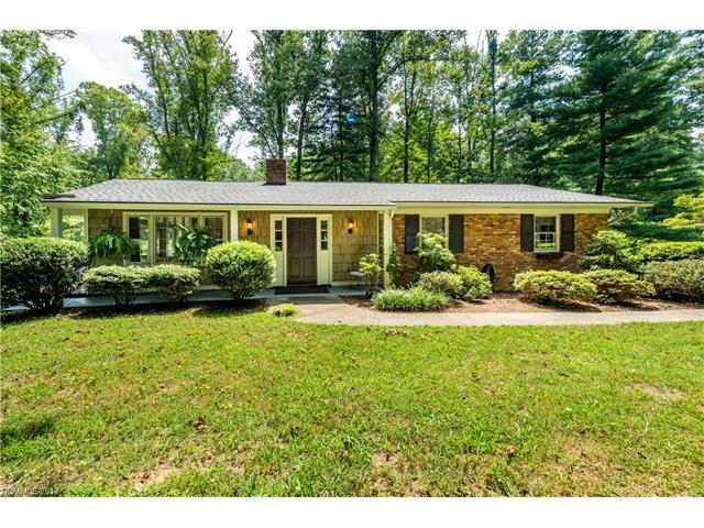 935 SW Toxaway Drive, Hendersonville, NC 28791 (#3303794) :: Caulder Realty and Land Co.