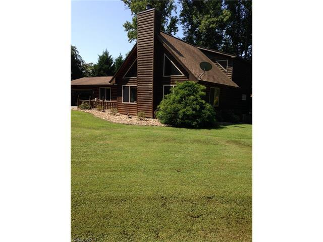 2150 Fruitland Road, Hendersonville, NC 28792 (#3304084) :: Exit Mountain Realty