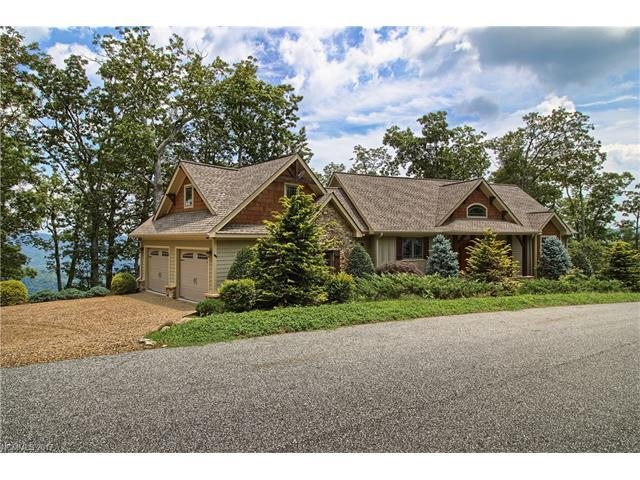 1411 Grand Oaks Drive, Hendersonville, NC 28792 (#3305139) :: Caulder Realty and Land Co.