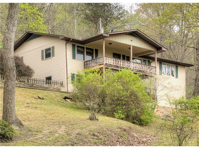 491 Courtney Drive, Hendersonville, NC 28792 (#3305874) :: Caulder Realty and Land Co.