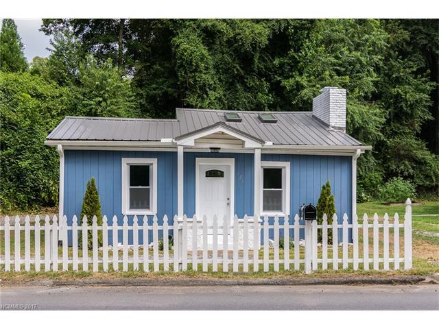 121 Sand Hill Road, Asheville, NC 28806 (#3310719) :: Rowena Patton's All-Star Powerhouse @ Keller Williams Professionals