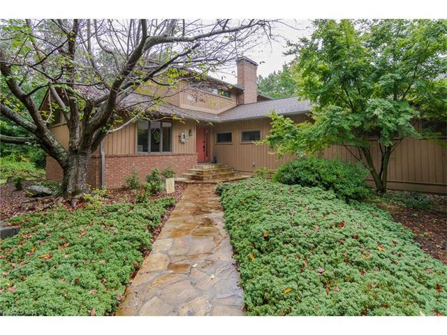 120 Ridge Lane, Flat Rock, NC 28731 (#3316561) :: Caulder Realty and Land Co.