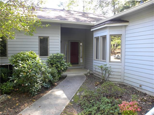 16 River Knoll Drive, Asheville, NC 28805 (#3321783) :: Keller Williams Biltmore Village