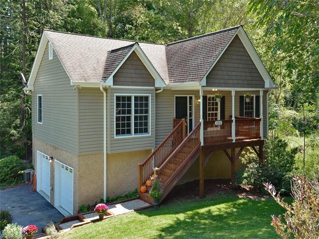689 New Haw Creek Road, Asheville, NC 28805 (#3322405) :: Team Browne - Keller Williams Professionals Realty