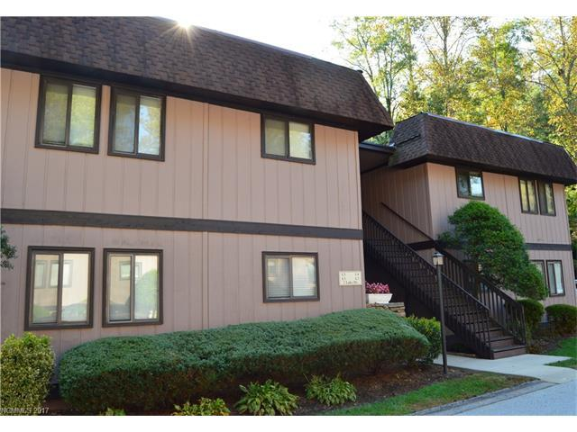 7 Lake Drive C4, Laurel Park, NC 28739 (#3322419) :: Exit Mountain Realty