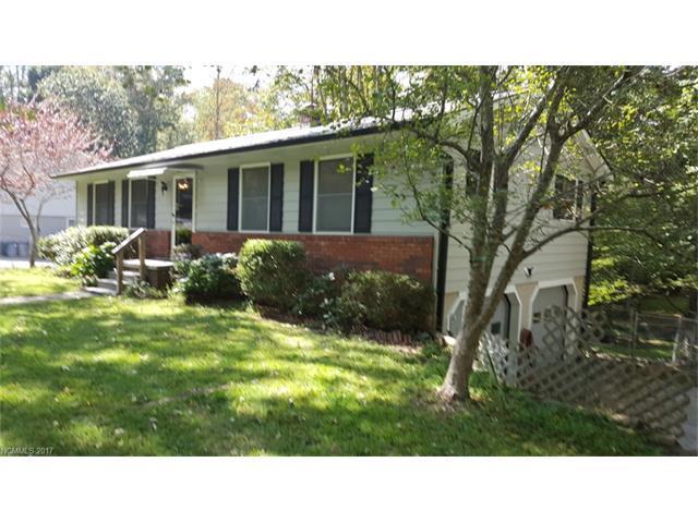 224 Leverette Drive, Hendersonville, NC 28791 (#3322464) :: Exit Realty Vistas