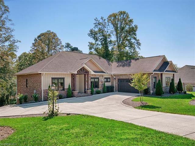 274 Majestic View Court, Hendersonville, NC 28791 (#3322968) :: Caulder Realty and Land Co.