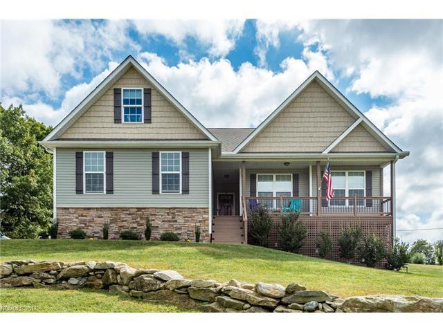 132 Beck Creek Circle, Flat Rock, NC 28731 (#3325589) :: Caulder Realty and Land Co.