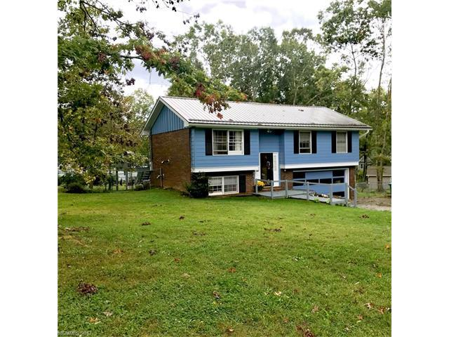 15 Woodhaven Drive, Arden, NC 28704 (#3328245) :: Rowena Patton's All-Star Powerhouse @ Keller Williams Professionals