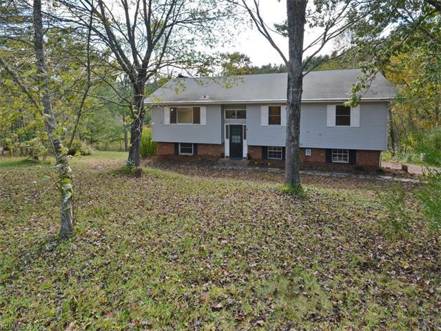 9 Trails End, Leicester, NC 28748 (#3329762) :: Exit Realty Vistas