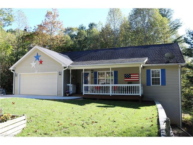 704 Cinnamon Way, Flat Rock, NC 28739 (#3330433) :: Exit Mountain Realty