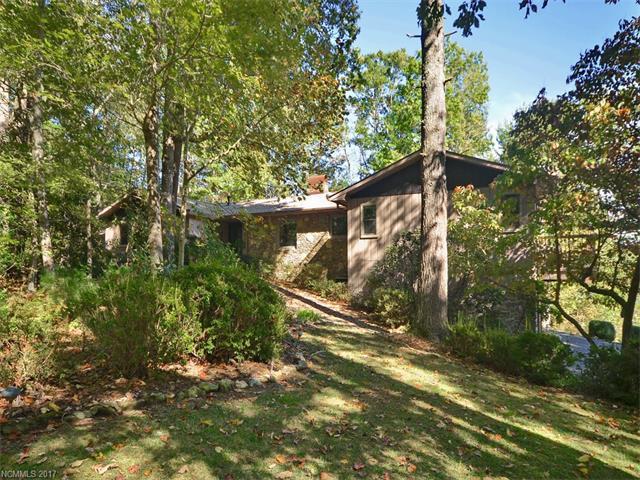 1106 Wildlife Trail, Hendersonville, NC 28739 (#3330509) :: Rowena Patton's All-Star Powerhouse @ Keller Williams Professionals