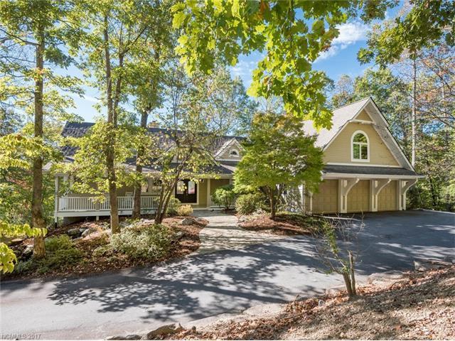 28 Falls Lane, Hendersonville, NC 28739 (#3331080) :: Caulder Realty and Land Co.