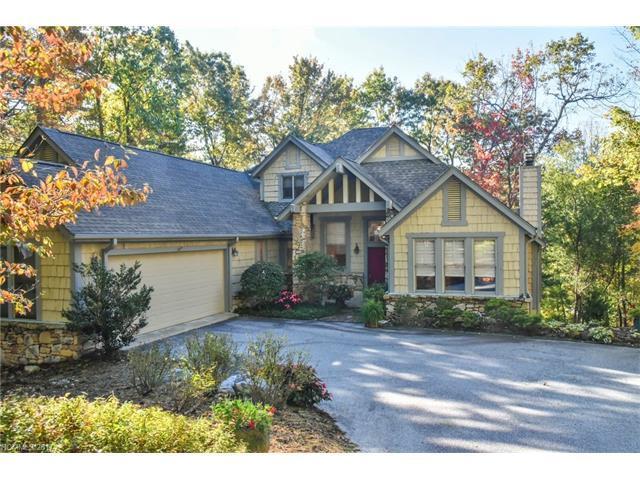 147 Bobby Jones Drive, Hendersonville, NC 28739 (#3331439) :: Caulder Realty and Land Co.