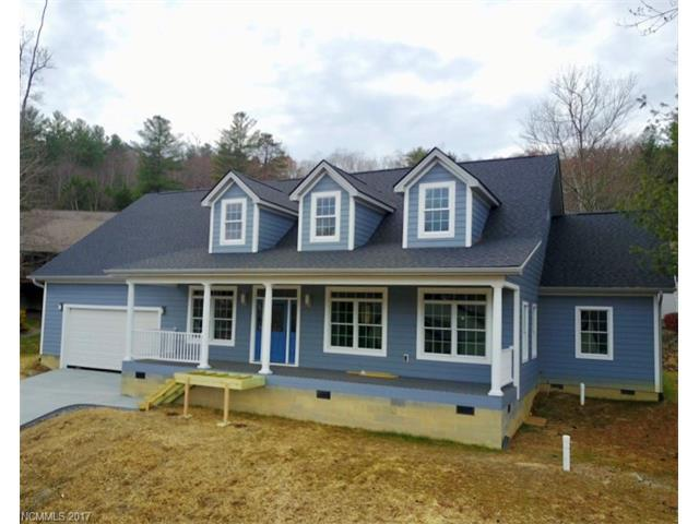 43 Mill Pond Way, Hendersonville, NC 28791 (#3336524) :: Caulder Realty and Land Co.
