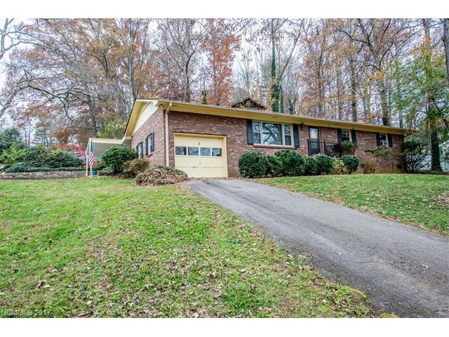 5 Parkwood Drive, Arden, NC 28704 (#3338123) :: Exit Mountain Realty