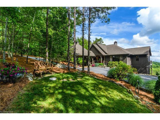 342 Hawk Mountain Drive, Lake Toxaway, NC 28747 (#3339142) :: Exit Mountain Realty