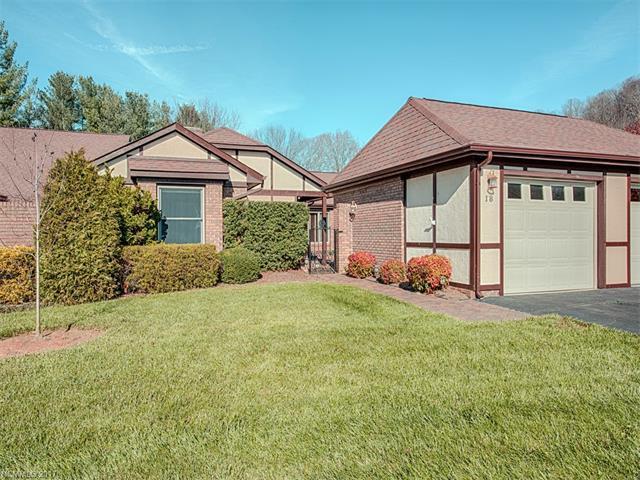 18 Lodge Lane #18, Waynesville, NC 28786 (#3344017) :: Rowena Patton's All-Star Powerhouse @ Keller Williams Professionals