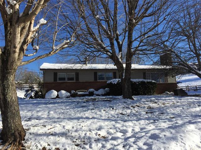 24 Flat Creek Church Road, Weaverville, NC 28787 (#3344057) :: Rowena Patton's All-Star Powerhouse @ Keller Williams Professionals