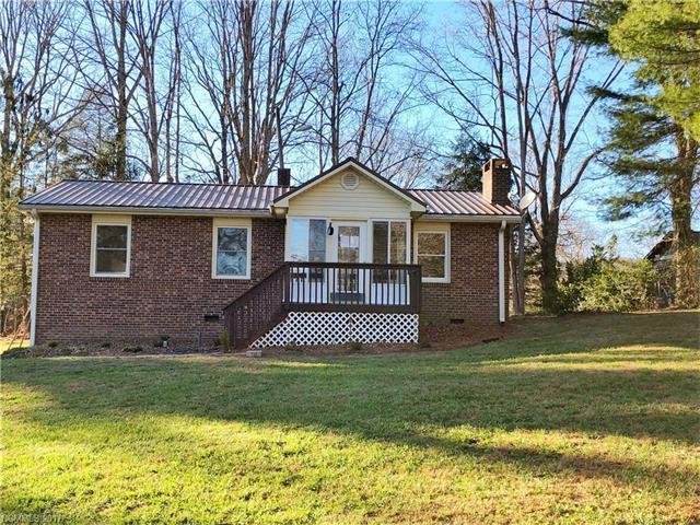 217 Vance Street, Hendersonville, NC 28739 (#3346127) :: Caulder Realty and Land Co.