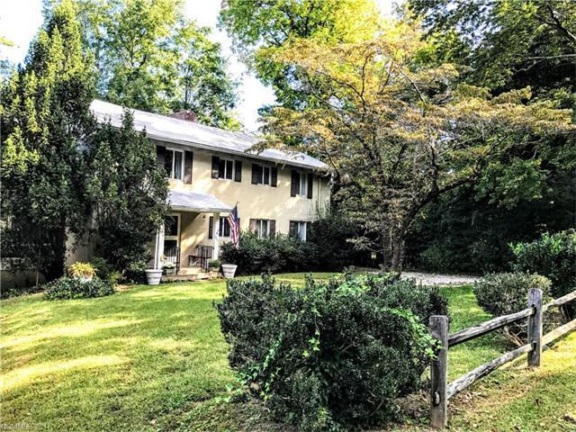 669 Harmon Field Road, Tryon, NC 28782 (#3346378) :: Caulder Realty and Land Co.