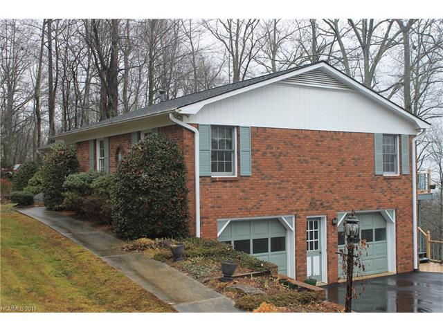 253 Haywood Knolls Drive, Hendersonville, NC 28791 (#3352000) :: Caulder Realty and Land Co.