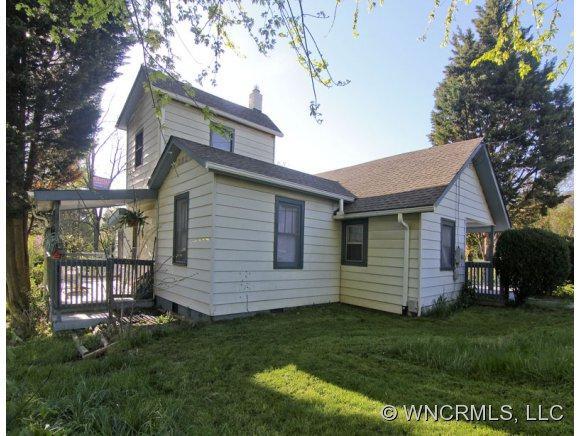 120 Harrison Street, Swannanoa, NC 28778 (#NCM516417) :: Exit Realty Vistas