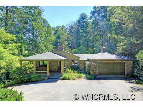 10 Pine Tree Road, Asheville, NC 28804 (#NCM518431) :: Exit Realty Vistas