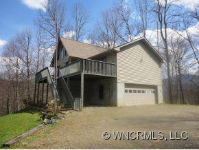 337 Deertrack Lane, Burnsville, NC 28714 (#NCM520156) :: Exit Realty Vistas
