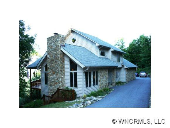 25 Hawberry Lane, Mars Hill, NC 28754 (#NCM521541) :: Exit Realty Vistas