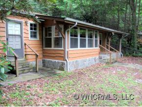 31 Poplar Lane, Maggie Valley, NC 28751 (#NCM521789) :: Exit Realty Vistas