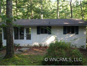 371 Blooming Laurel Dr, Hendersonville, NC 28792 (#NCM523661) :: Exit Realty Vistas