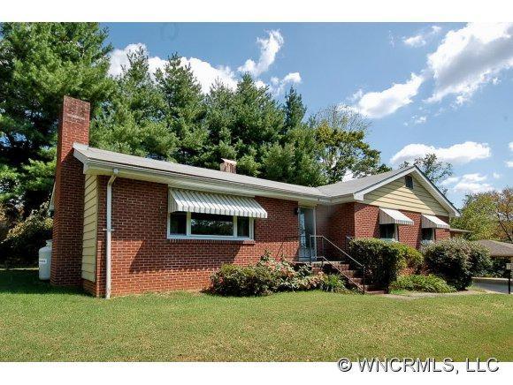 15 E. Avon Pkwy, Asheville, NC 28804 (#NCM525454) :: Exit Realty Vistas