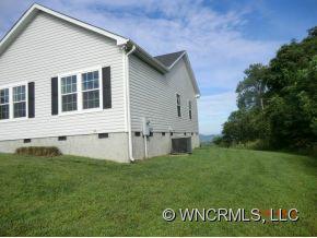 209 Sharon Hill, Hendersonville, NC 28792 (#NCM525517) :: Exit Realty Vistas