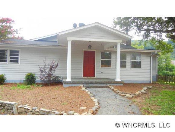 211 Daniel Drive, Laurel Park, NC 28739 (#NCM526310) :: Exit Realty Vistas