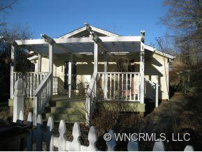 121 Davis Creek Road, Candler, NC 28715 (#NCM526553) :: Exit Realty Vistas