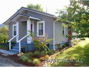 62 Bald Rock Road, Hendersonville, NC 28792 (#NCM527039) :: Exit Realty Vistas