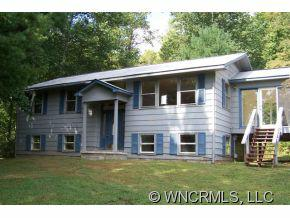233 Ledford Ridge Ln, Bakersville, NC 28705 (#NCM527171) :: Exit Realty Vistas