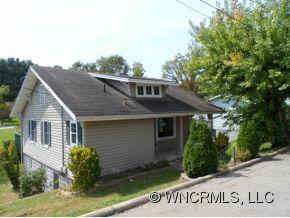 20 Axley, Canton, NC 28716 (#NCM527189) :: Exit Realty Vistas