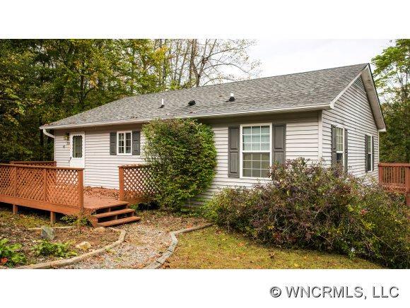 90 Holly Lane, Brevard, NC 28712 (#NCM527553) :: Exit Realty Vistas