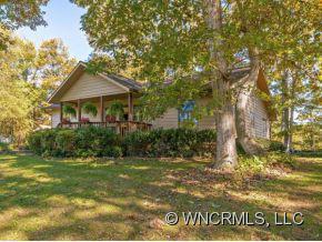 9 Sesame Street, Waynesville, NC 28785 (#NCM527571) :: Exit Realty Vistas